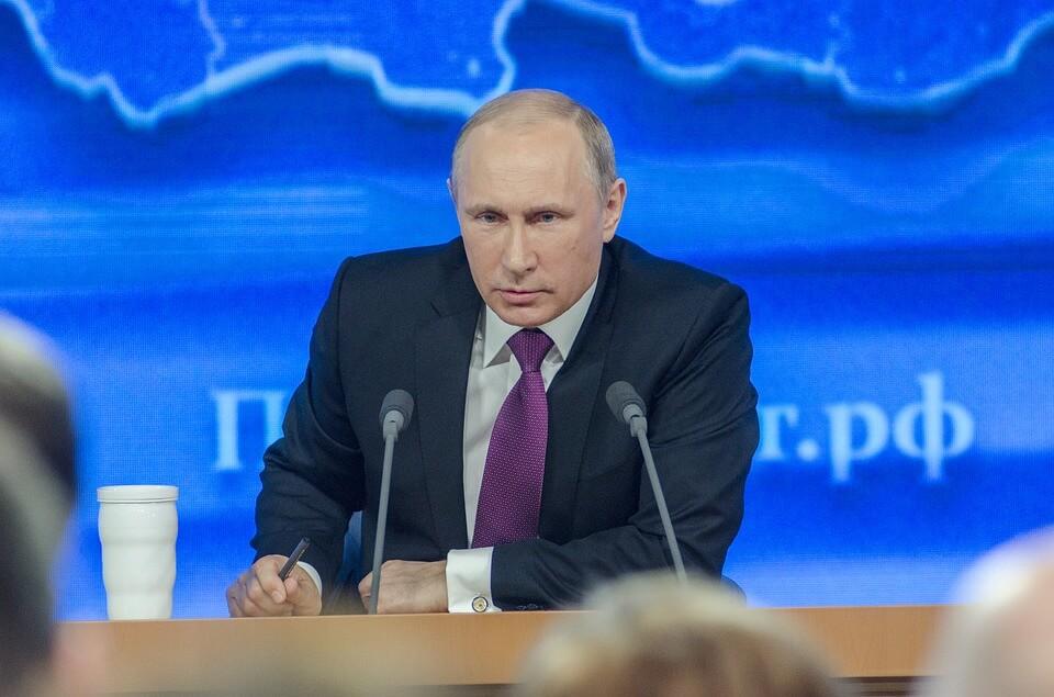 На фото изображен президент РФ Владимир Путин.